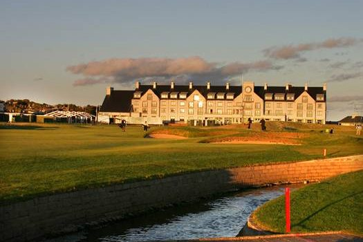 Play The 2018 Open venue  – Carnoustie links